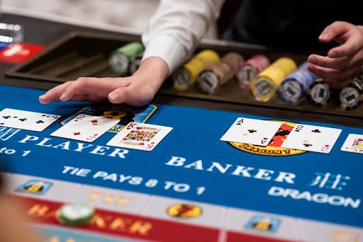 Thiên về cửa cược Banker